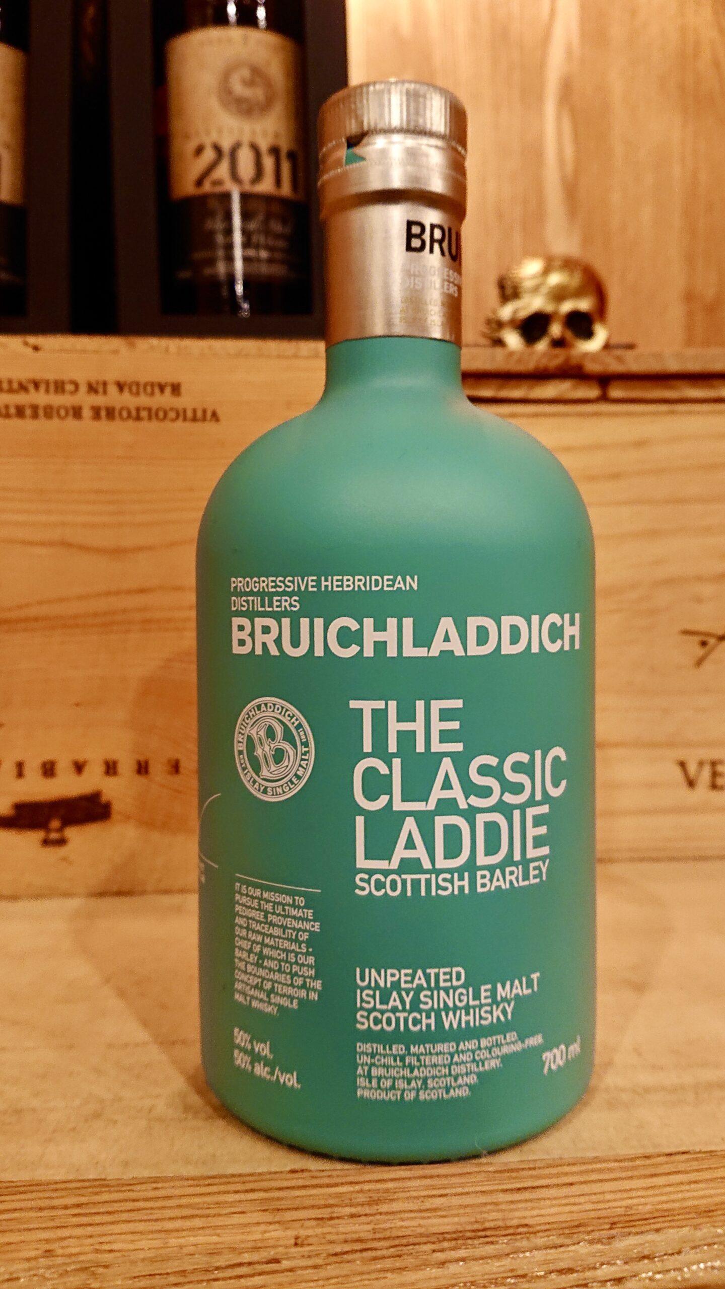 ブルックラディ・ザ・クラシックラディのテイスティング・お洒落ボトルで復活、アイラモルト新時代の騎手