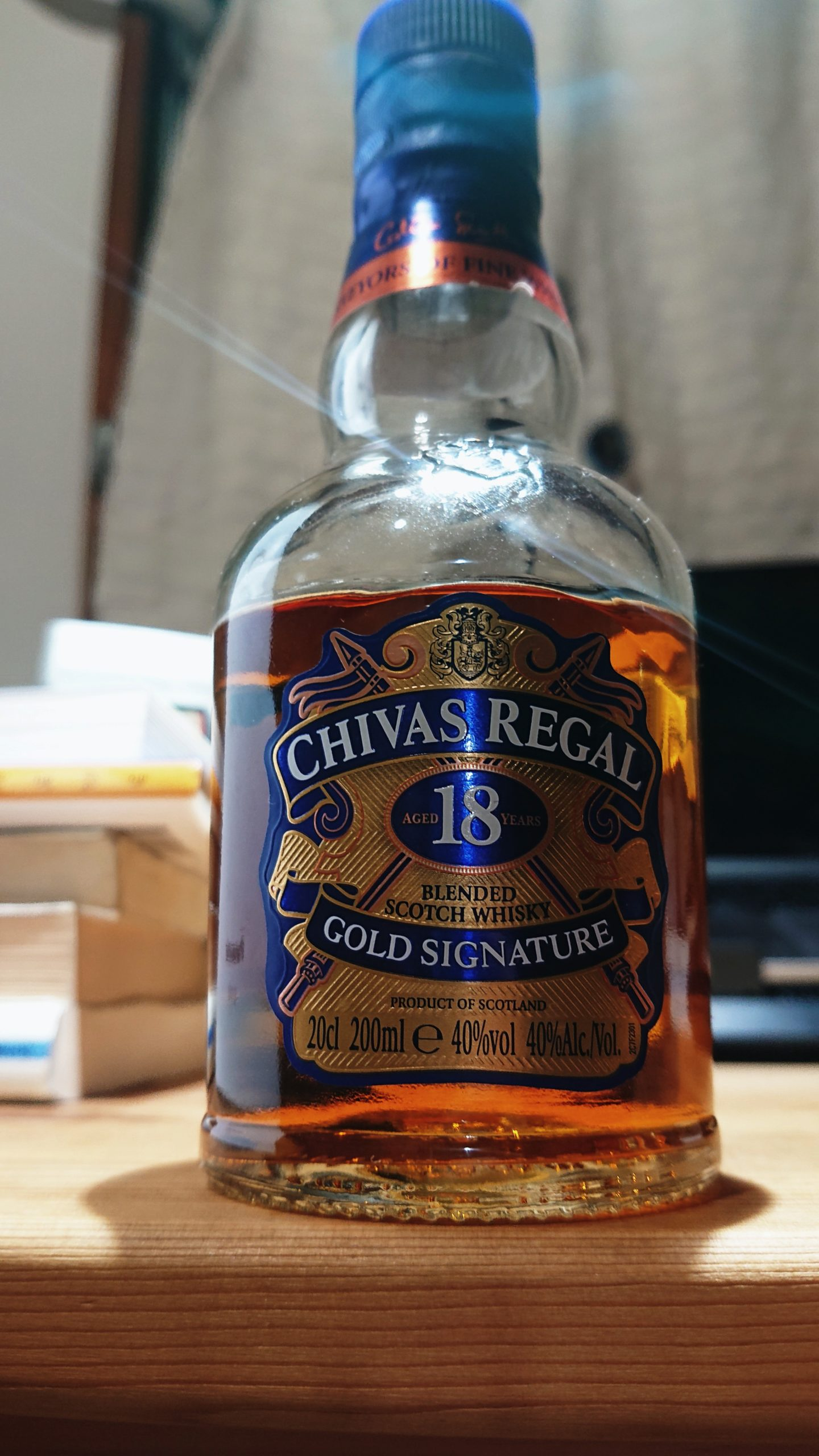 シーバスリーガル18年のテイスティング&レヴュー・定番ブレンデッドの長熟版。まるでプリンアラモードな濃厚甘味スイーツウィスキー!
